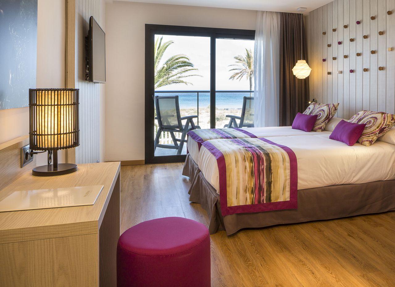 grand-palladium-white-island-hotel-iluminacion-elener