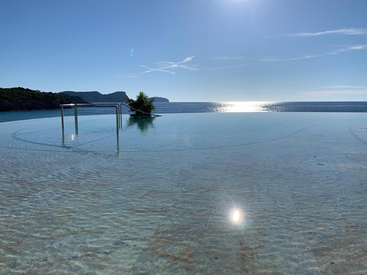 hotel-bless-ibiza-infinity-pool-sistemas-elener.jpg